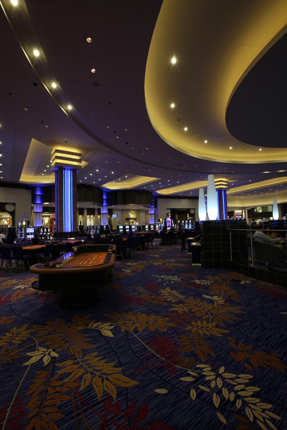 Casinos near international falls mn palace casino la center